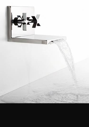 robinets cascade pour lavabo baignoire pomme de douche l eau. Black Bedroom Furniture Sets. Home Design Ideas