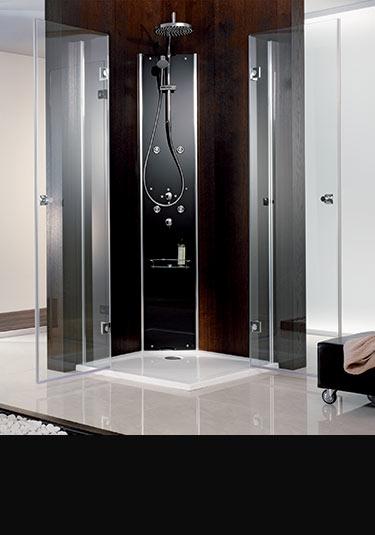 colonnes de douche tours de douche multi fonctions par livinghouse. Black Bedroom Furniture Sets. Home Design Ideas